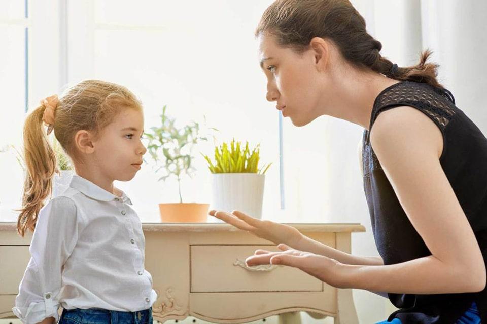 تماس چشمی با کودک را فراموش نکنید
