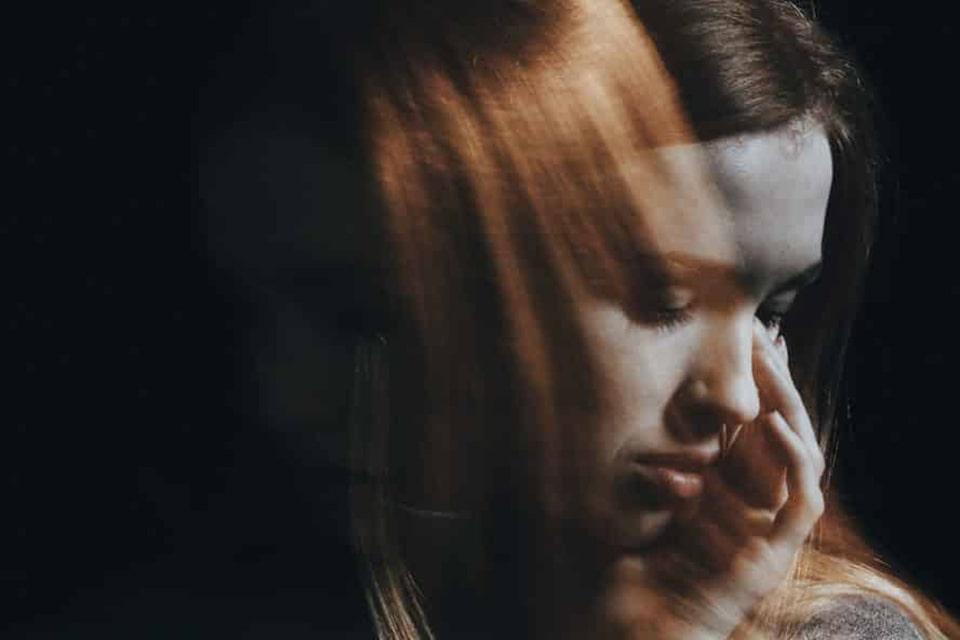 چه کسانی به افسردگی سایکوتیک مبتلا می شوند؟