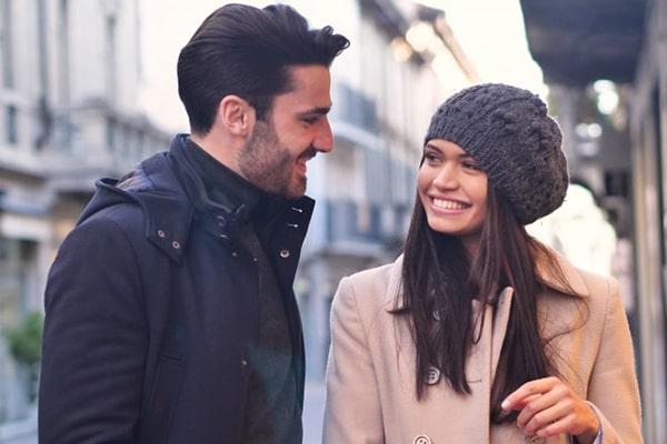 لبخند زدن باعث جذب مردان می شود