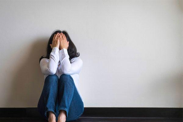 چگونه بفهمیم که افسرده شدهایم؟